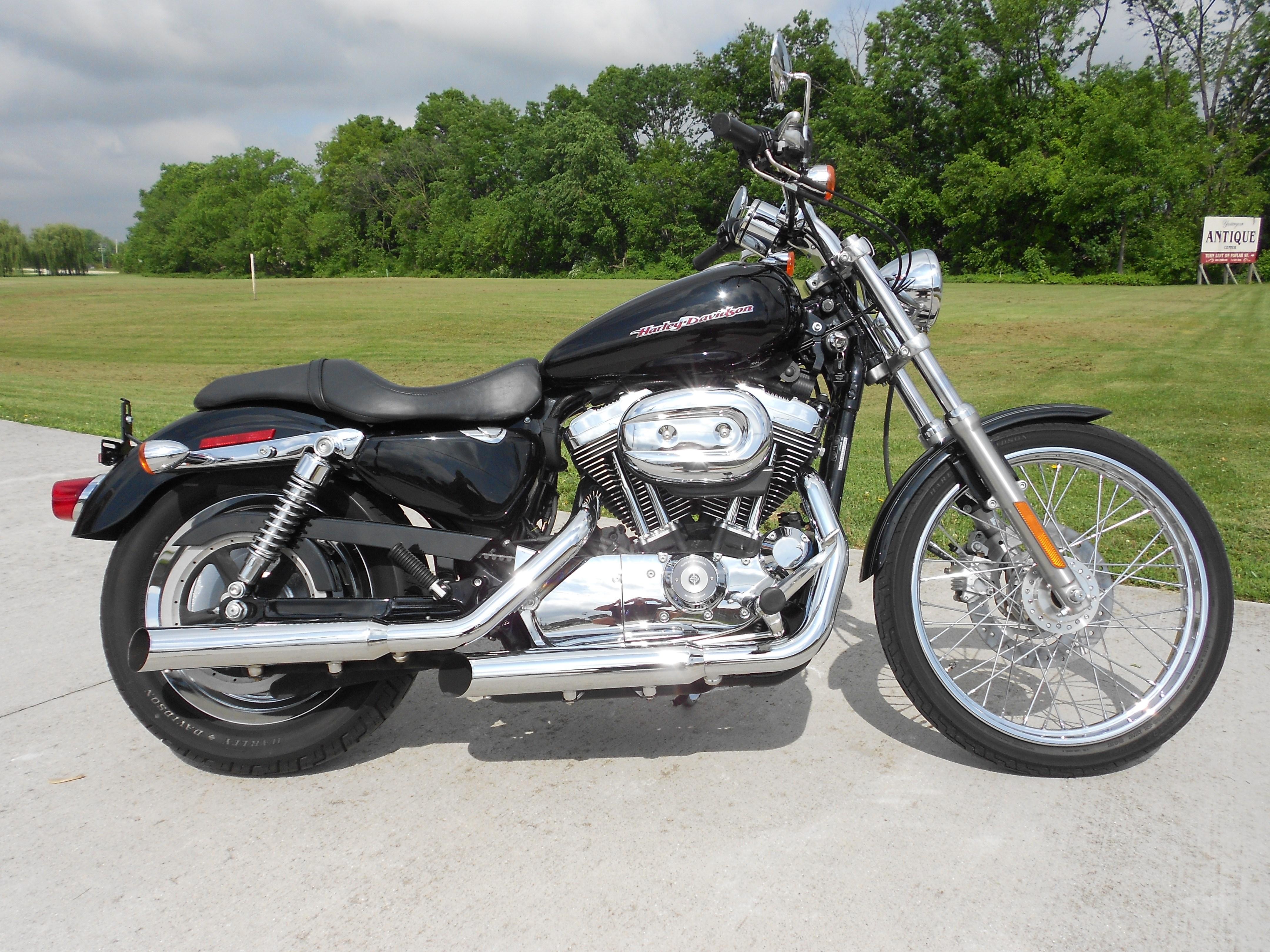 2007 Harley-Davidson® XL1200C Sportster