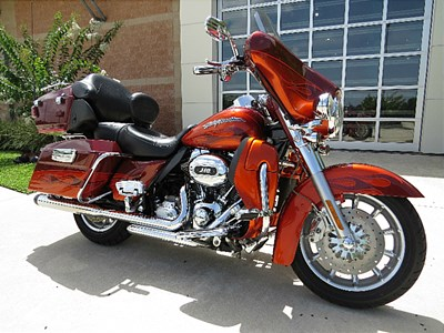 2010 harley-davidson® flhtcuse5 cvo™ ultra classic® electra glide® (burnt amber/hot citrus with flame graphic), palm bay, florida (468859)