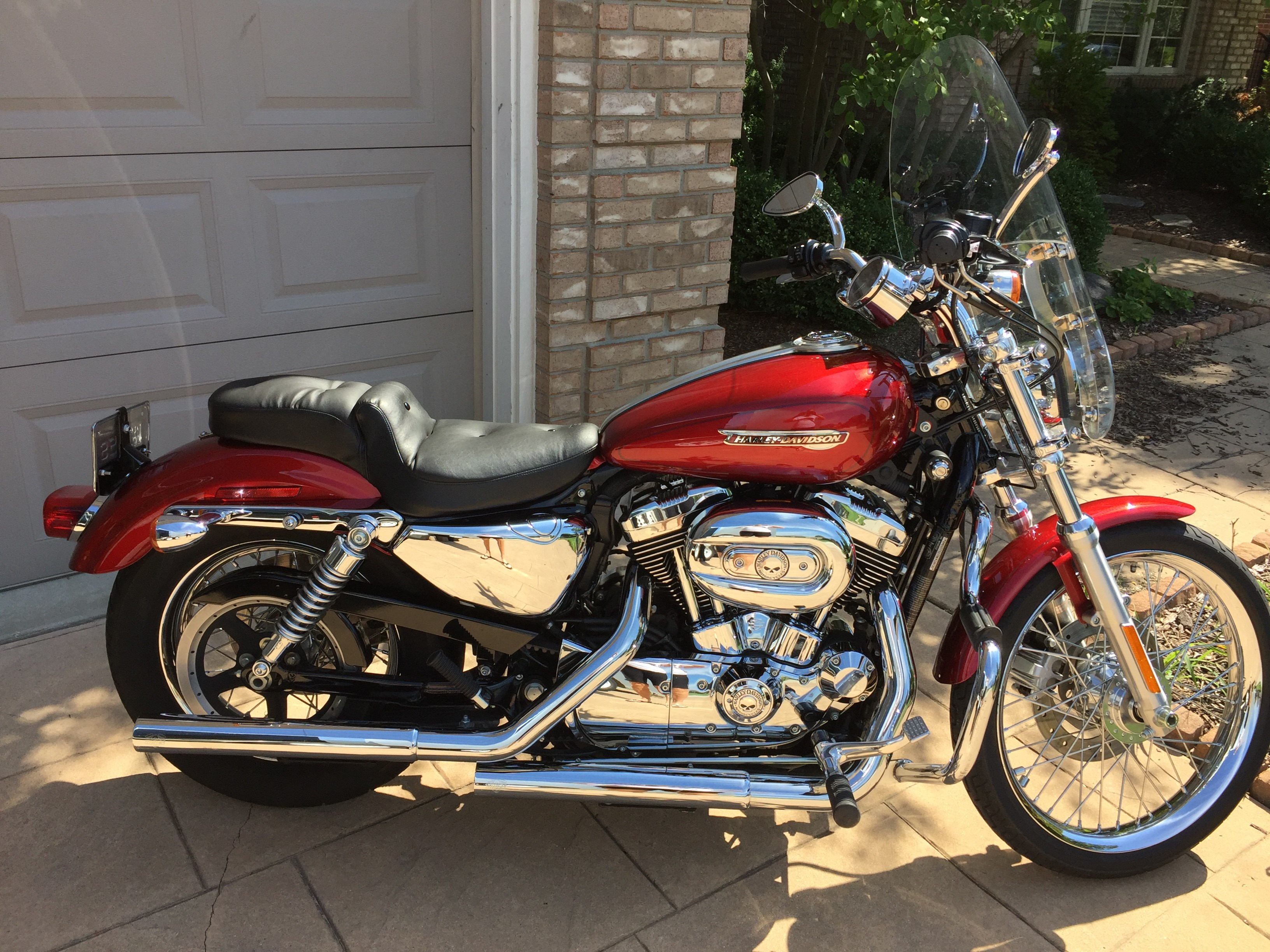 2008 harley davidson xl1200c sportster 1200 custom velocity red sunglo macomb michigan. Black Bedroom Furniture Sets. Home Design Ideas
