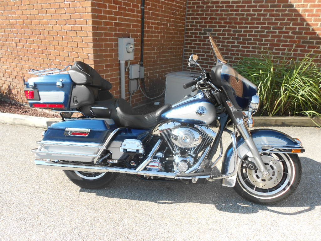 1999 Harley-Davidson® FLHTCUI Ultra Classic® Electra Glide® – $9900