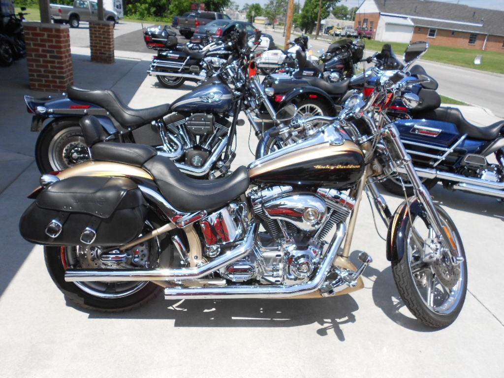 2003 Harley-Davidson® FXSTDSE Screamin' Eagle® Softail® Deuce – $10900