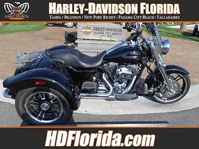 New 2015 Harley-Davidson® Freewheeler™