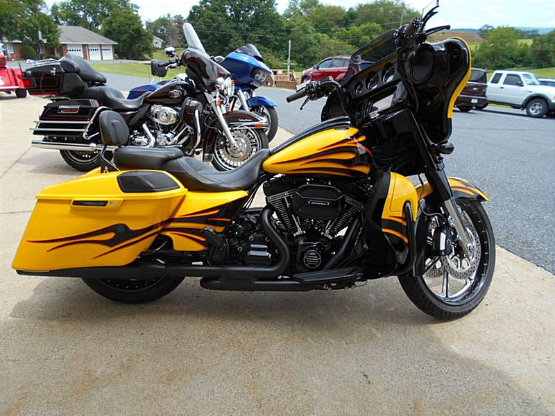 2015 cvo street glide for sale yellow autos post. Black Bedroom Furniture Sets. Home Design Ideas